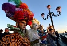 roupas de carnaval